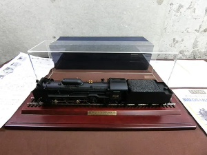 日車夢工房 国鉄D51形蒸気機関車 スーパーディスプレーモデル 1/45 24mm ケース付 買取