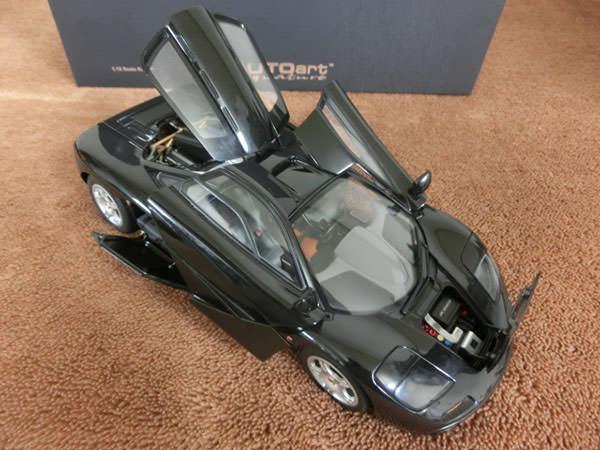1/18 マクラーレン F1 JET BLACK METALLIC2