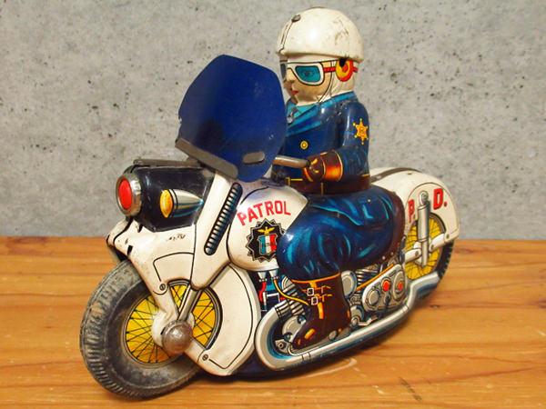 ポリスバイク ブリキ1